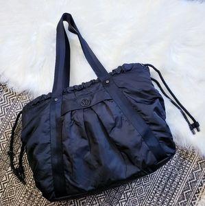 Lululemon Effortless Tote Gym Yoga Duffle Bag